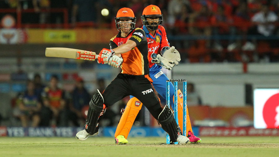 Gujrat Lions against Sunrisers Hydrabad